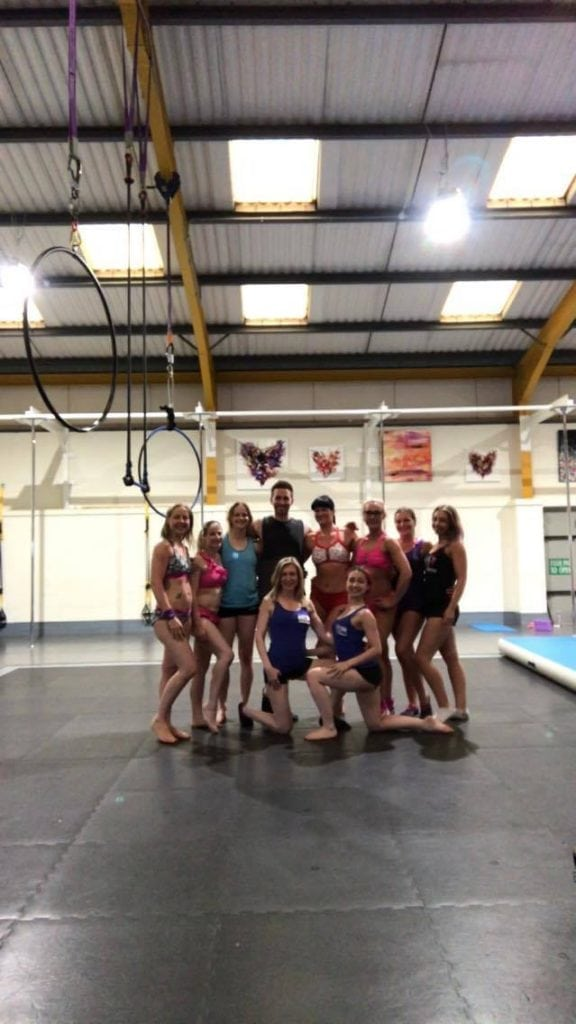 vertical joy community with Dan Rosen during a pole workshop